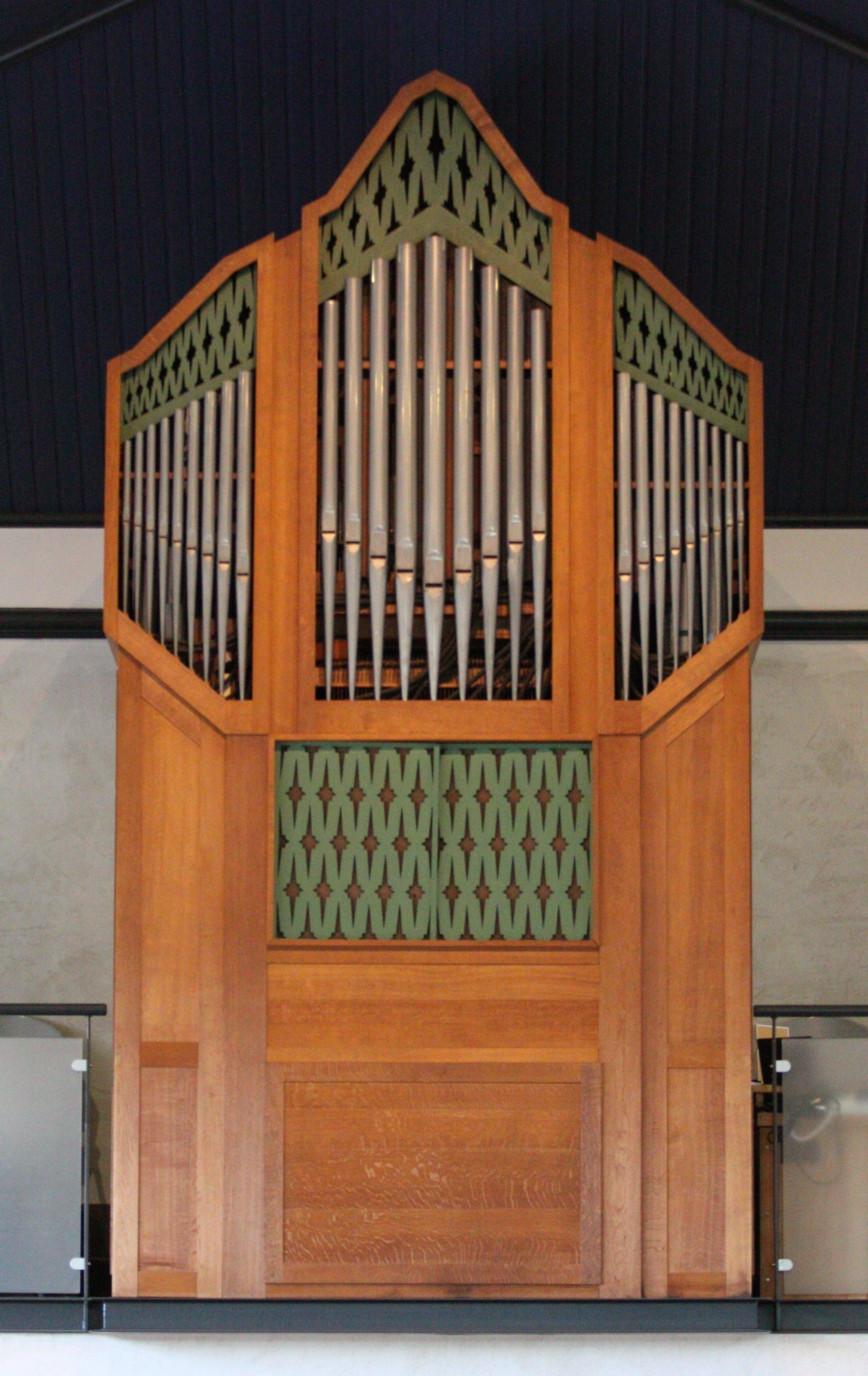 Orgelfront tussen 1966 en 2012